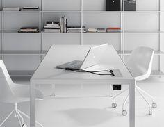 MDFITALIA / Desk  #interiors #interiordesign #modern #luxury #contemporary #inspiration #homedesign #ideas #architecture #furniture #sleek #dsegnare #design #minimalism #dreamhome #wishlist #desk #office #homeoffice #den #workspace #europeandesign #italy #italian #italia #mdfitalia #white