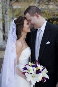 Mantilla veil-- could work with a blusher?