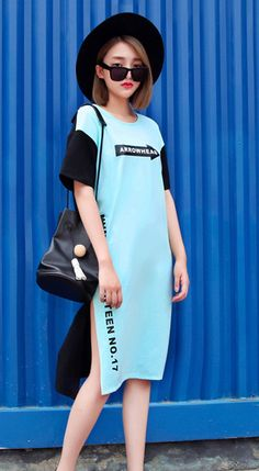 Fashiontroy  Unique fashion short sleeves crew neck blue letter printed two-tone slitted cotton blend midi dress