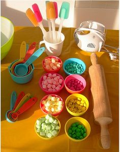 make your own cupcake party