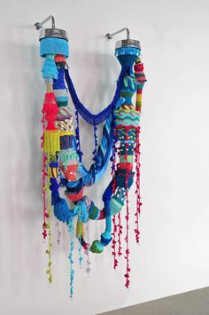 Joana Vasconcelos Flights of Fancy in the shower…. Cardboard Sculpture, Textile Sculpture, Textile Fiber Art, Textile Artists, Soft Sculpture, Abstract Sculpture, Yarn Bombing, Creative Textiles, Creation Couture