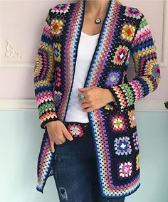 Gorgeous crochet granny square jackets are back on trend for Fall, and we've got all the best patterns and a video tutorial! Gorgeous crochet granny square jackets are back on trend for Fall, and we've got all the best patterns and a video tutorial! Pull Crochet, Gilet Crochet, Mode Crochet, Crochet Poncho, Diy Crochet, Tutorial Crochet, Crochet Jacket Pattern, Granny Square Crochet Pattern, Crochet Squares