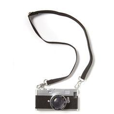 vintage camera phone cover 5 (74 DKK) ❤ liked on Polyvore featuring accessories, tech accessories, fillers, camera, tech and black