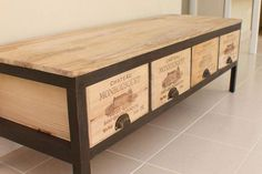 Wine Box Shelves, Crate Shelves, Pallet Shelves, Pallet Tv, Wooden Wine Crates, Craft Room Tables, Wood Pallet Recycling, Table Top Design, Crate Furniture