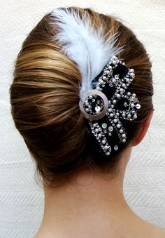 """1920s Hair Accessory, Flapper Headpiece, Handmade Vintage Fascinator, Black White Hair Clip, Upcycled Accessory - """"Swingin' on a Star"""""""