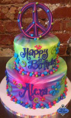 Bolo Tye Dye, Tye Dye Cake, Hippie Cake, Airbrush Cake, Hippie Party, Hippie Birthday Party, 9th Birthday, Neon Birthday Cakes, Birthday Ideas