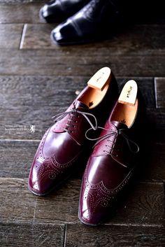 SPIGOLA(スピーゴラ)の靴職人、鈴木幸次のオーダー靴作品。バーガンディの外羽根,鈴木幸次,KojiSuzuki,スピーゴラ,SPIGOLA,bespokeShoes,神戸,オーダー靴,革靴,バーガンディ,ANTICA BOTTEGA DELLA SPIGOLA,トランクショー,受注会,オーダー,誂え,紳士,オーダーメイド,福岡,八幡西区,黒崎,北九州,ビスポークスーツ110,bespokeSUIT110,bespokeSUITIIO,