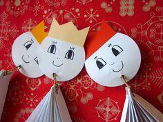 ... tak to vidím já: Tři králové Diy Paper, Advent, Christmas Ornaments, Holiday Decor, Gifts, Classroom, Decoration, Projects, Xmas