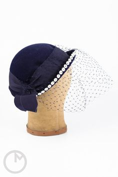 1950s hat/ 50s button hat/ I Magnin by MidnightMart on Etsy, $42.00