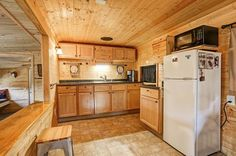 Cozy Cabin on quiet Echo Lake. Enjoy natures beauty from the privacy of your peaceful front porch. This little cabin boasts some amazing updates!1</a