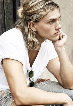 jyed (but not blonde) Beautiful Boys, Beautiful People, Jace Lightwood, Man Character, My Hairstyle, Male Face, Pretty People, Character Inspiration, Blonde Hair
