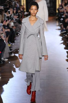 http://www.vogue.com/fashion-shows/fall-2015-ready-to-wear/stella-mccartney/slideshow/collection