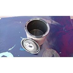 Krijtverf in de kleur Negro.Verkrijgbaar in 250 ml en 750 ml