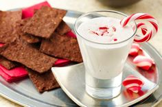 Peppermint Fluff Dip #snacks #dips #holiday #christmas #chocolate #entertaining