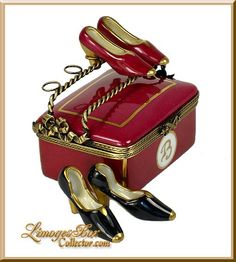 Bloomingdale's Shoe Box (Beauchamp) Limoges Box