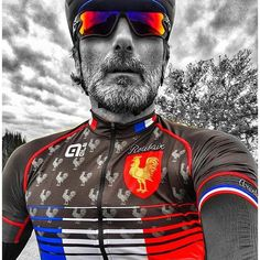 "#parisroubaix #hellofthenorth bicyclistdashflag-frsmiling_imparrow_up #kitfit post from @kikocycling ...""Thanks to @labicicletacafecastellon for this #fantastic #cyclingkit tribute to #parisroubaix !! I love it !! "" ... #cycling #cyclingphotos #amigoslbc #cyclingshots #bike #bici #bicycle #bicicleta #ciclismo #cyclisme #photooftheday #carpediem #blackandwhite #colors #colorful #color #france #classic #classics #cobblestone #pave #arenberg #jawbreaker"