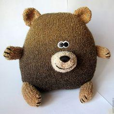 Купить Подушка-Медведь - вязаная игрушка, подушка декоративная, подушка в авто, подушка-игрушка, коричневый