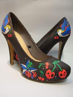 Hand painted high heels old School Custom shoes. por EnukaCustom, $80.00