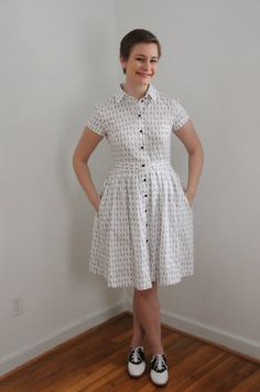 The Liveaboard Takes the Suburbs: McCall's 6696 Shirtdress in Scissor-Print Fabric