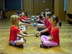"""This is basically a MOVE IT! Making PHRASE lengths physical: Beautiful listening lesson for Beethoven's """"Fur Elise""""! Preschool Music, Music Activities, Teaching Music, Music Lesson Plans, Music Lessons, Middle School Music, Music Worksheets, Music And Movement, School Videos"""