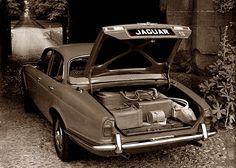 1968 Jaguar XJ6 4.2