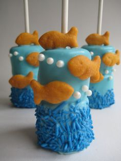 Having an underwater or fish themed party?? These fresh double marshmallow pops are perfect for Birthday partys, Showers, Weddings and much, Underwater Theme, Underwater Crafts, Underwater Birthday, Chocolate Covered Marshmallows, Marshmallow Pops, Pirate Birthday, Pirate Party, Goldfish Party, Pirate Food