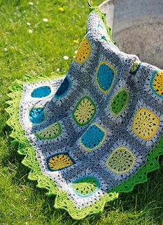 Ravelry: Summer Rain pattern by Anita Mundt; pattern in Simply Crochet (UK) Ravelry***Beautiful!!!! Thanks for share!!!**