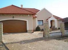 """Képtalálat a következőre: """"egyszintes mediterrán ház"""" Sweet Home, House Design, Mansions, House Styles, Fence, Outdoor Decor, Google, Home Decor, Entrance Design"""