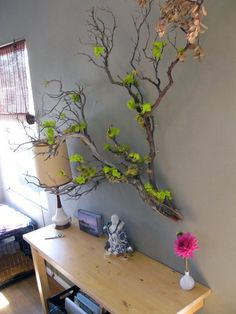 Enhance the beauty of your interior by using the metal tree wall art Tree Branch Decor, Tree Branches, Branch Art, Manzanita Branches, Air Plant Display, Deco Nature, Metal Tree Wall Art, Creation Deco, Deco Floral