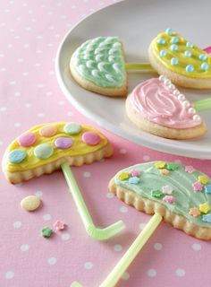 We wouldn't mind April showers if we had umbrellas like these. Almond-flavored butter cookies are perfect for springtime.