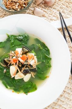 Chinese spinach soup with salted egg