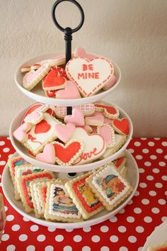 Need to learn how to create edible rice transfers for these cookies!  Also, use Perfect GF Sugar Cookie recipe.  http://www.craftinessisnotoptional.com/2013/02/a-vintage-valentine-party.html