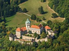 Castle Smolenice Central And Eastern Europe, Heart Of Europe, Royal Residence, Places To Go, England, Things To Come, Explore, Mansions, House Styles
