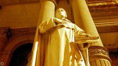 #Estatua en la entrada de la #iglesia de #SantoDomingo en San Miguel de #Tucumán (#Argentina) http://fernando10p.wix.com/fernando10p#!fotos/c1gu1