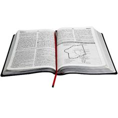 A obra traz, entre outros recursos, mais de 21 mil notas de estudo explicativas do famoso autor e pastor americano John MacArthur, que esclarece aspectos exegéticos e históricos de praticamente todos os versículos da Bíblia.