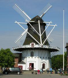 Højer Mølle in its glory  You've seen it? #højer #højermølle #mølle #sydvestjylland #tønder #höjer #tönder #rømø #römö #old #mühle #mill #nordsee #northsea #vesterhavet #vadehavet #waddensea #wattenmeer #turist #tourist #toender