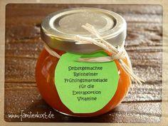 Die fruchtige Möhrenmarmelade schmeckt nicht nur zu Ostern gut. Das Hasenfrühstück ist ein leckerer Brotaufstrich, der sich auch gut als Geschenk aus der Küche eignet. Hier geht es zum Rezept: http://www.familienkost.de/rezept_fruchtige_moehren-marmelade.html
