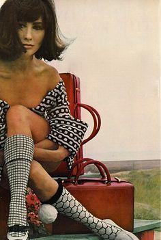hollyhocksandtulips:  Alberta Tiburzi Photo by Leombruno-Bodi, Vogue, 1965