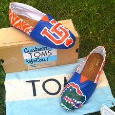 Custom Painted Florida Gators TOMS!!! FOR SALE!! Womens Size 8! E-mail me at mailto:Linds669@a... for details! my-custom-designs - click image for more -
