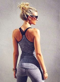 New post on the blog: FITSPO FRIDAY: GALLERY 6 sandsunandmessybuns.com