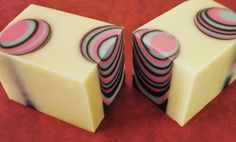 How to use bottles to create beautiful layered circle designs in homemade soap.