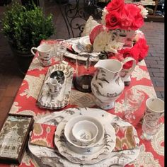 Coral table setting - From Rogers's Gardens
