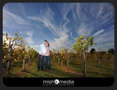 chicago-vineyard-engagement-photos-bb 01