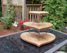 Rustic Wooden Wedding Cupcake Stand / Wedding Cake Stand/Heart Shaped Cupcake Stand