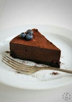 Čokoládový (nepečený) lanýžový dort – The Olive Sweet Desserts, Sweet Recipes, Delicious Desserts, Sweets Cake, Cheesecake Recipes, Baked Goods, Chocolate Cake, Finger Foods, Good Food