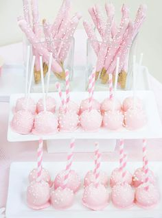 darling are these Pink Treats. Perfect for any party. via darling are these Pink Treats. Perfect for any party. Cake Pops Roses, Pink Cake Pops, Pink Cakes, Baby Shower Brunch, Baby Shower Cakes, Baby Shower Parties, Baby Shower Desserts, Baby Shower Princess, Princess Birthday