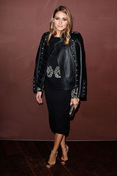 Olivia Palermo Peep Toe Pumps - Olivia Palermo donned a pair of gold Jimmy Choo peep-toe heels for a bit of shine to her black outfit. Estilo Olivia Palermo, Olivia Palermo Lookbook, Olivia Palermo Style, Military Chic, Military Fashion, Star Fashion, Look Fashion, Fashion Trends, Fashion Inspiration