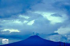 Atardecer nublado y sin embargo se disfruta el Popocatépetl #Puebla #Cholula #Mexico