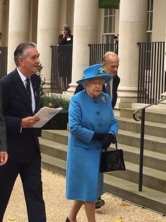 """Will Torrent on Twitter: """"Welcoming Her Majesty The Queen and The Duke of Edinburgh to @Waitrose #Poundbury - hope she likes the Sticky Toffee Pudding...#royal"""
