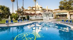 Globales Reina Cristina Algeciras Globales Reina Cristina was originally opened in 1901 and houses ancient ruins, such as parts of an 8th-century Mosque and a Moorish well. It features indoor and outdoor swimming pools.